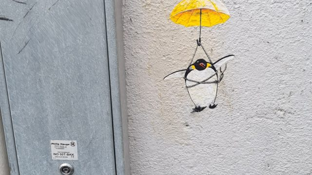 Pingvin med fallskjermen